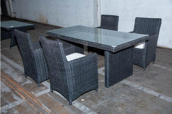 #HBM 2237: Sitzgruppe Fontana 5mm schwarz-schwarz