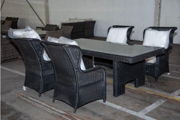 #HBM 2226: 4x Stuhl Treviso mit Tisch Sandnes 220 5mm schwarz-schwarz