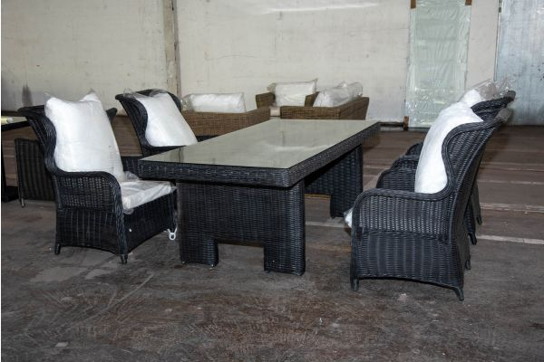 #HBM 2225: 4x Sessel Treviso mit Tisch Sandnes 5mm schwarz-schwarz