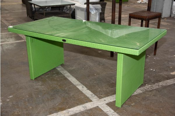 #HBM 2708: Tisch Avignon-grün