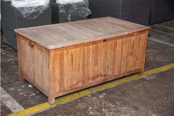 #Odessa 137: Auflagenbox Odessa 140-teak
