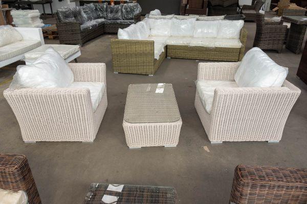 #HBM 2780: 2 x Sessel Mandal + Glastisch Mandal-perlweiß