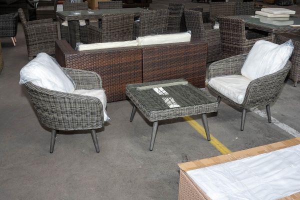 #HBM 2782: 2 x Sessel Ameland + Hocker Molde als Tisch-grau-meliert