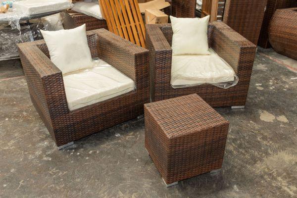 #G 423: 2er Set Sessel 3-1-1 mit Tisch