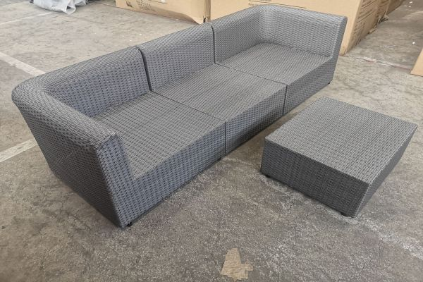 #G 552: 2x Eckelement und 1x Mittelelement mit Tisch Paradiso-grau