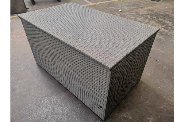 #G 606 Auflagenbox XL