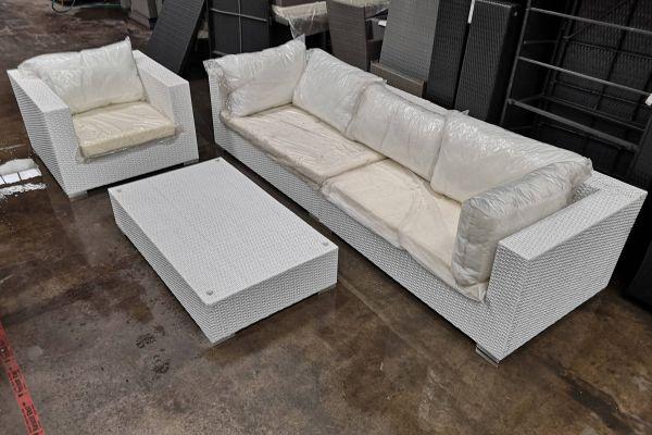 #G 674 2x Seitenelement + 1x Sessel + 1x Tisch
