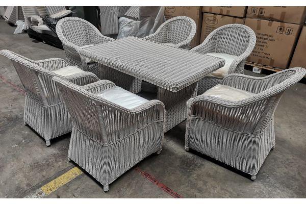 #G 799: Tisch Fisolo + 6x Sessel Farsund 5mm-perlweiß