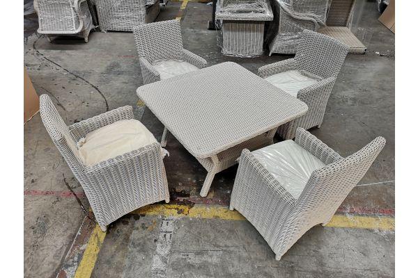 #G 804: Tisch Pandora + 4x Stuhl Fontana 5mm