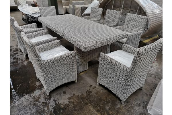 #G 814: Tisch Candela XL + 8x Stuhl Fontana-perlweiß