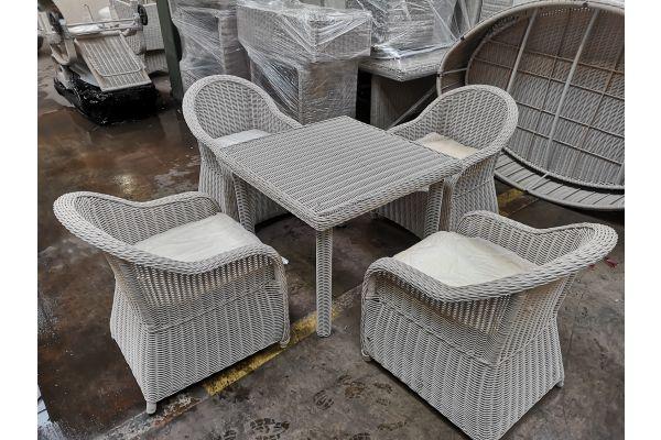 #G 816: 4x Sessel Stavanger + Tisch Puerto Rico-perlweiß