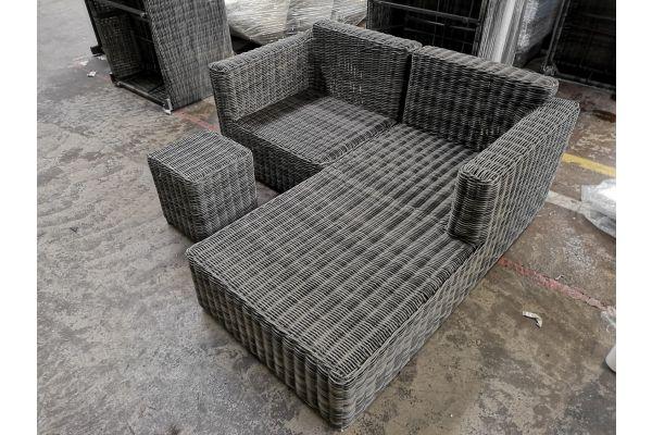 #G 861: Recamiere + Eckelement Tessera + Tisch Vilato-grau-meliert