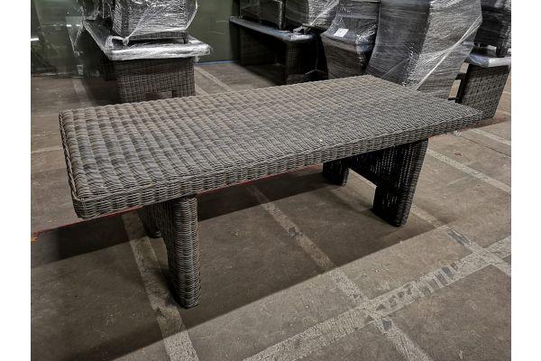 #G 962: Tisch Sandnes 220-grau-meliert
