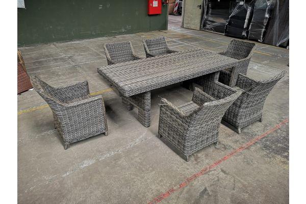#G 1160: 6x Sessel + Tisch Sandnes
