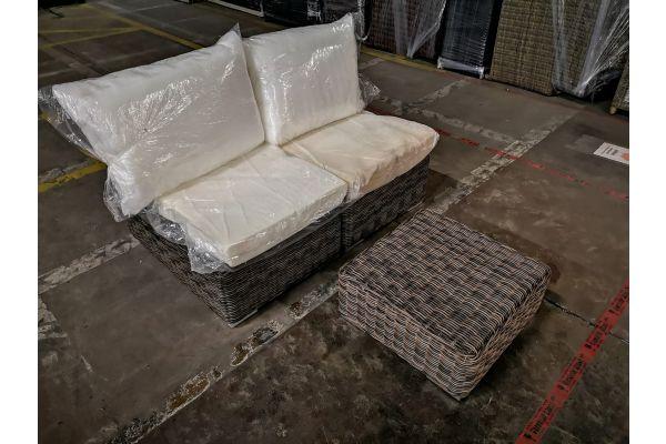 #G 1036: 2x Mittelelement + Tisch Ariano