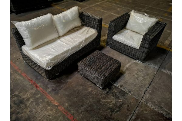 #G 1041: Seitenelement + Sessel Barcelona + Tisch Ariano-grau-meliert
