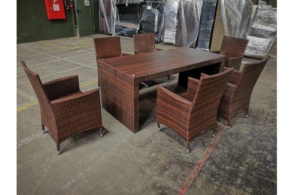 #G 1071: 6x Stuhl Avignon + Tisch Coruna