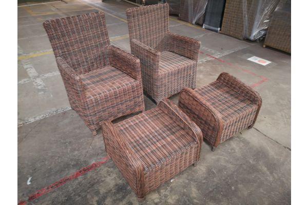#G 1077: 2x Stuhl Fontana + 2x Hocker Treviso