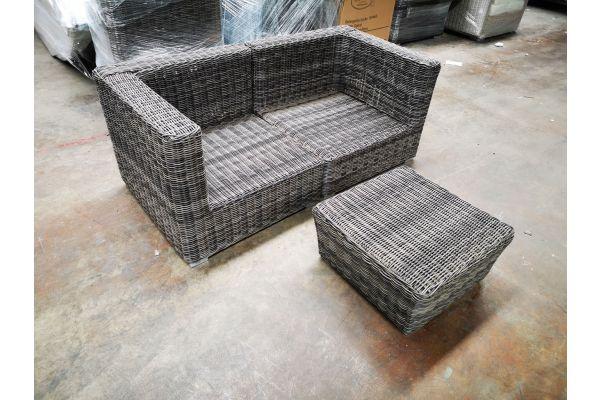 #G 1197: Sofa bestehend aus 2 Eckelementen Ariano mit Hocker Mandal 5mm-grau-meliert