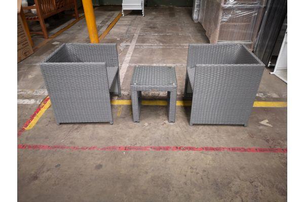 #HBM 1302:  2x Stuhl Tahiti + Tisch Casablanca grau