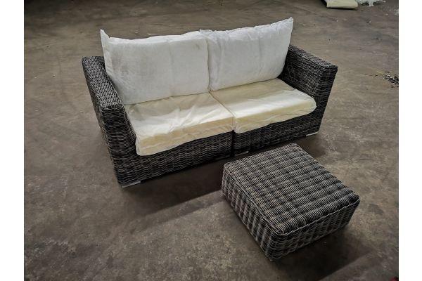 #G 1315: 2er Sofa bestehend aus Seitenelementen mit Hocker Ariano 5mm-grau-meliert
