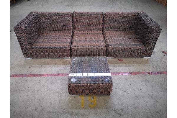 #G 1329: Sofa bestehend aus 2 Seiten- und 1 Mittelelement mit Tisch Ariano 5mm-braun-meliert