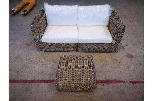 #G 1349: Sofa bestehend aus 2 Seitenelementen mit Tisch Ariano 5mm-natura